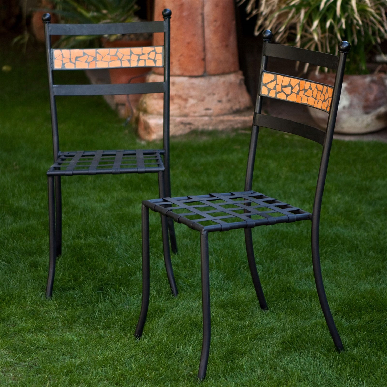Set Of 2 Outdoor Patio Dining Chairs In Black Iron With Terracotta Backrest