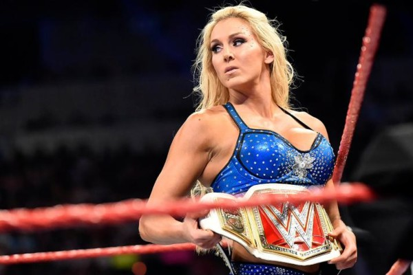 10 best wwe women