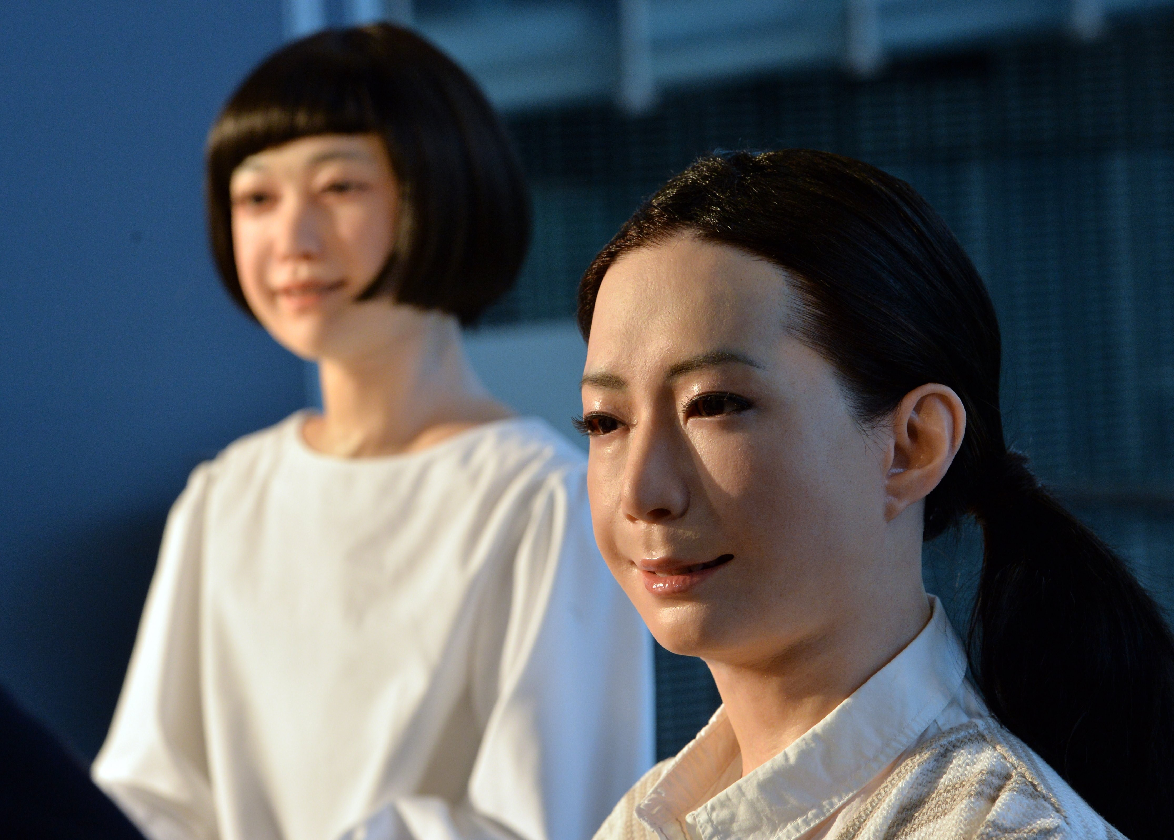 Japanese Scientist Builds Robots That Look Eerily Human Kids News Article