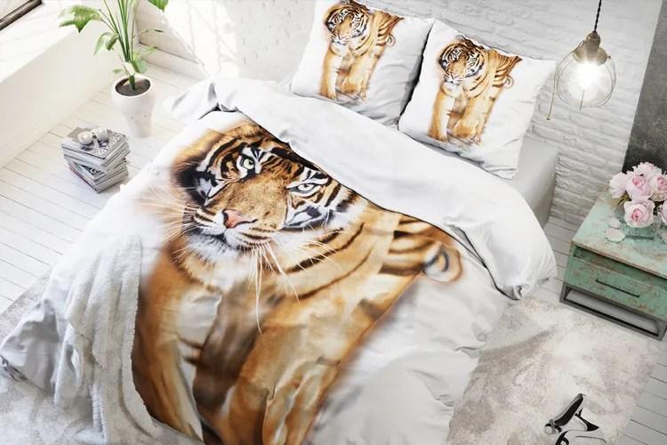 Dekbedovertrek Tiger king white  Wit dekbedovertrek met