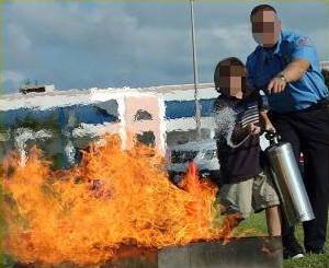How do fire extinguishers work? - Explain that Stuff