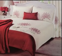 Red and cream double duvet sets