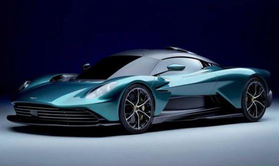 Новият хиперкар Aston Martin Valhalla впечатлява с производителност и цена