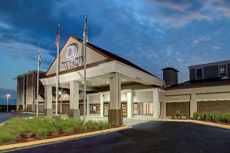 Hotel Doubletree By Hilton Harrisonburg Va University