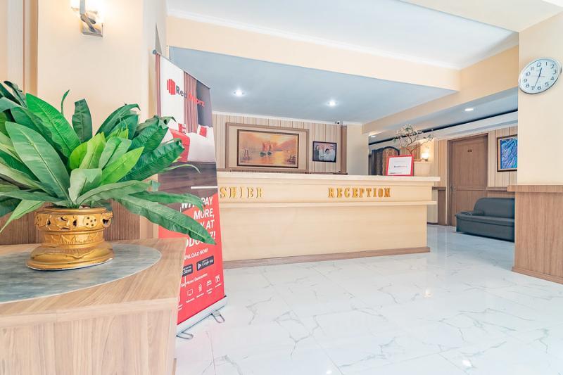 Hotel Reddoorz Cipaku Bandung Bandung Hotelopia