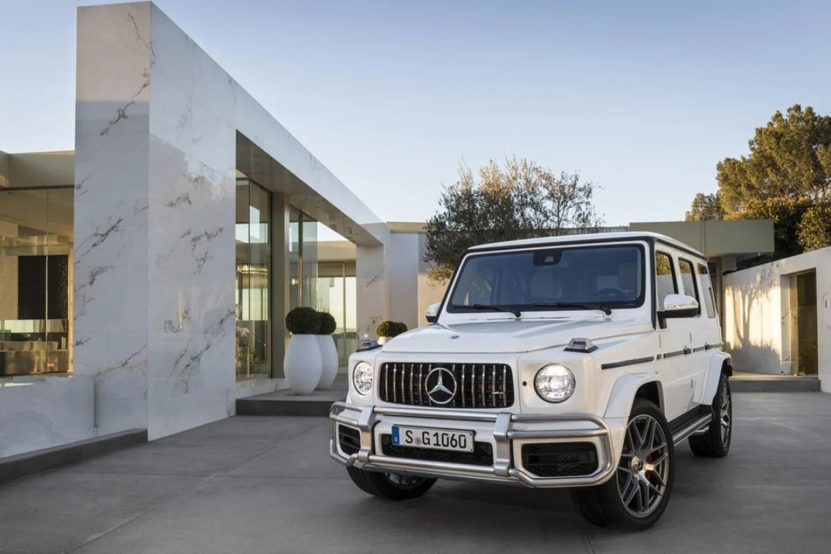 the mercedes benz g wagen will go on sale later this year with [ 1280 x 720 Pixel ]