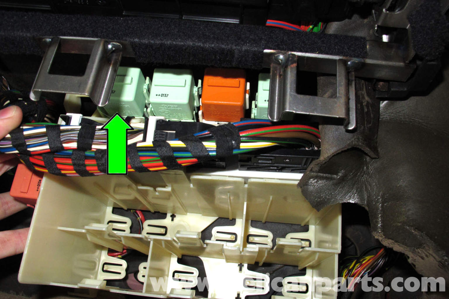 1997 bmw 328i fuse box diagram minn kota power drive 55 wiring e46 fuel pump testing | 325i (2001-2005), 325xi 325ci (2001-2006 ...