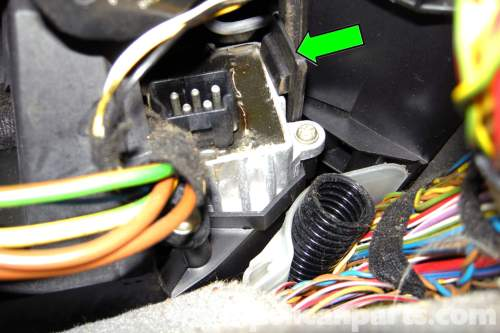 small resolution of wiring diagram further bmw blower motor resistor location on bmw e46 bmw 325i battery diagram on bmw 325i blower motor replacement on