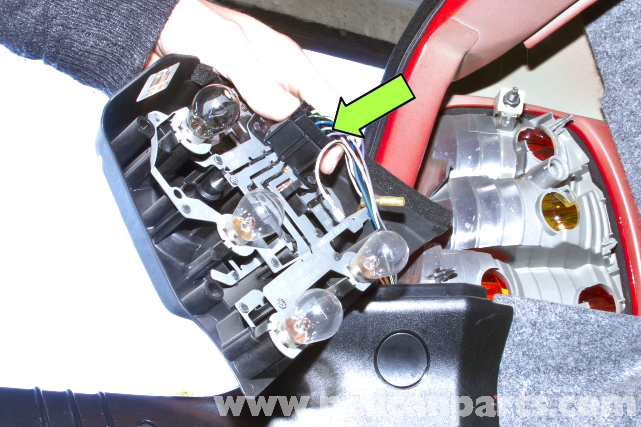 e46 wiring diagram rj45 to rj12 bmw rear tail light replacement   325i (2001-2005), 325xi 325ci ...