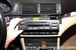 BMW E46 Radio CD Changer Replacement | BMW 325i (20012005
