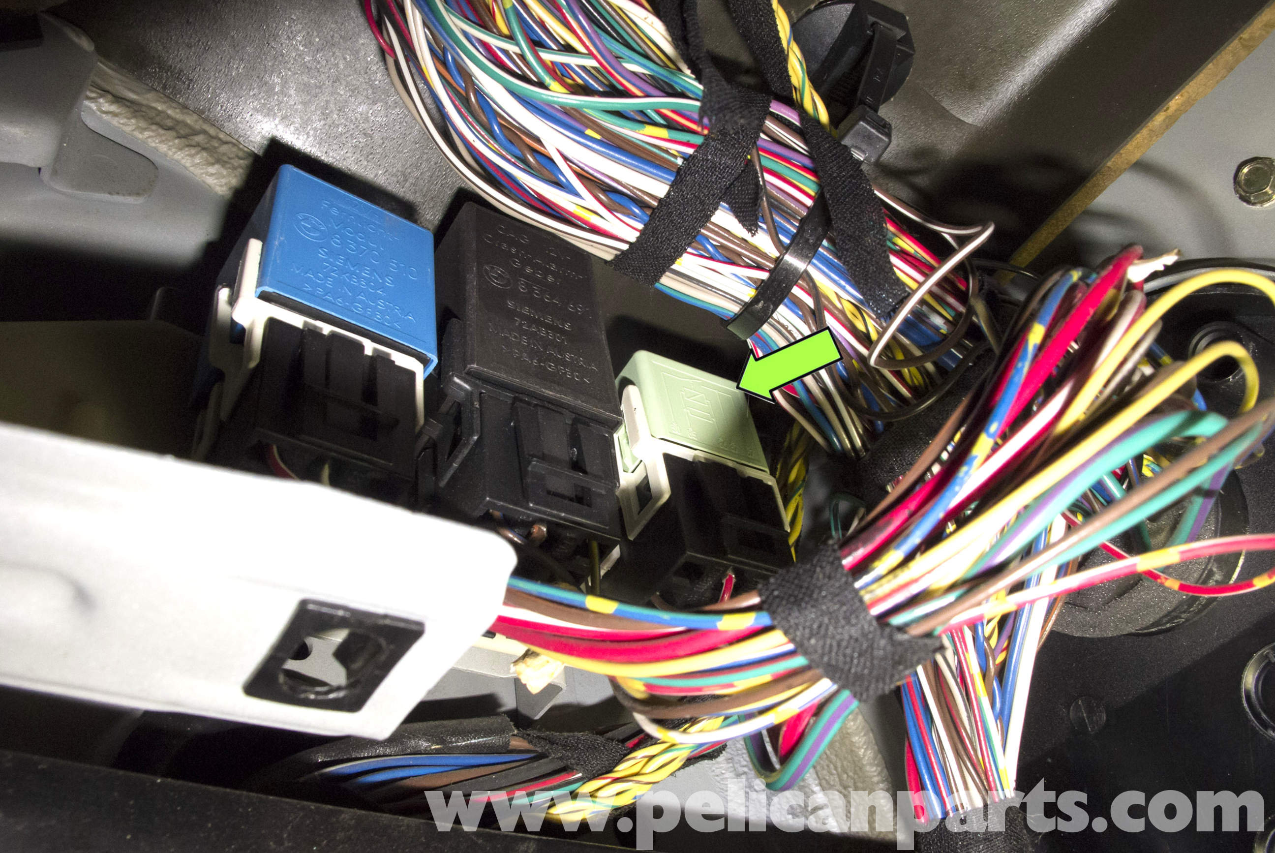 4 pin relay wiring diagram fuel pump pictures of the nervous system bmw z3 testing 1996 2002 pelican parts diy maintenance large image extra