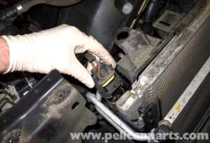 BMW E60 5Series Cooling Fan Replacement (20032010