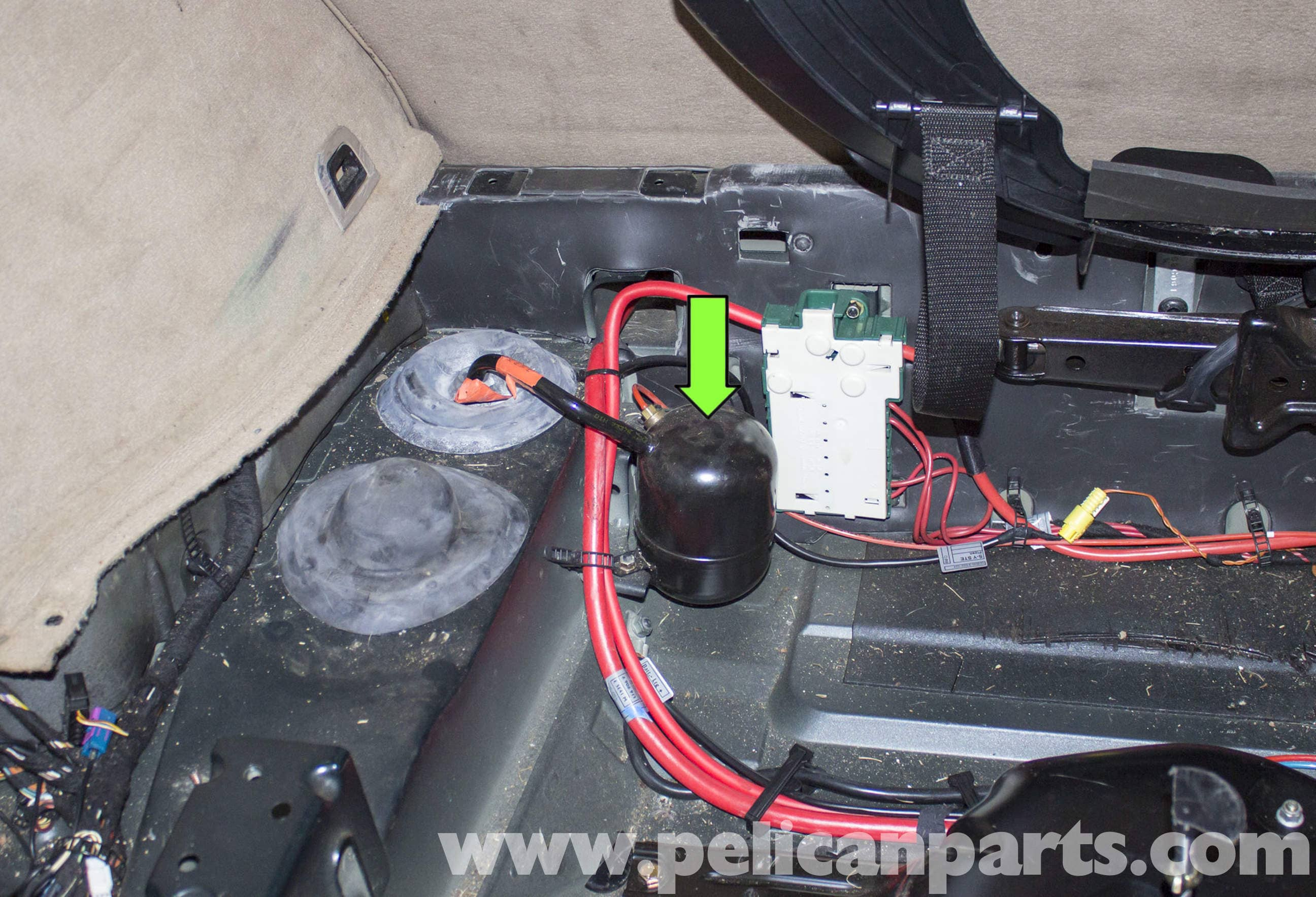 bmw x5 e70 tail light wiring diagram loan company er rear air suspension accumulator replacement e53 2000 2006 large image extra