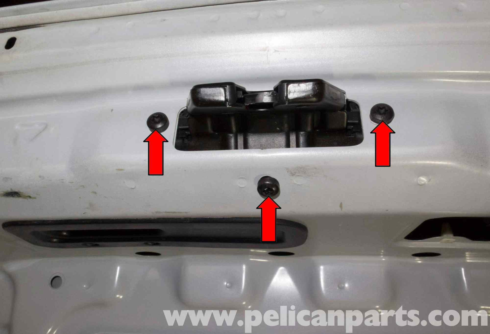 hight resolution of bmw z4 m trunk lock cylinder and latch replacement 2003 2006 bmw z4 trunk lock diagram