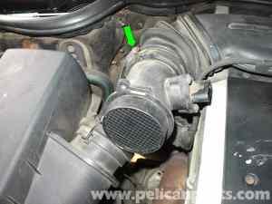 MercedesBenz W210 MAF Sensor Replacement (199603) E320