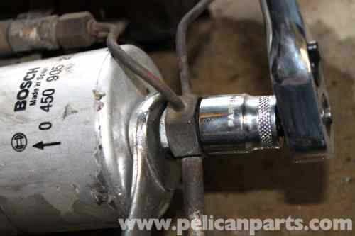 small resolution of mercedes benz r107 fuel filter replacement 1972 1986 450sllarge image extra large image