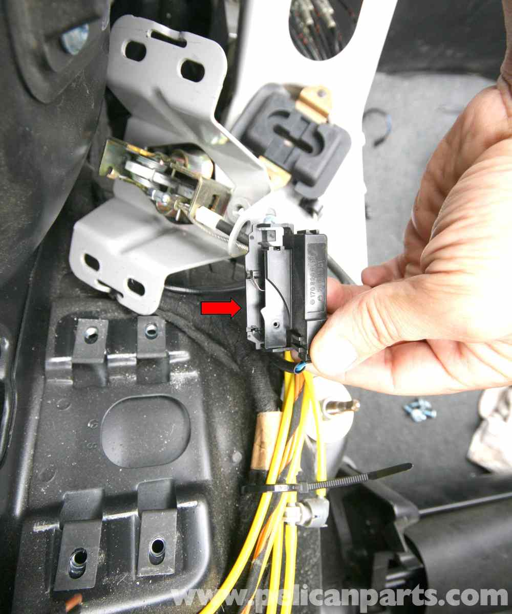 medium resolution of  pic09 mercedes benz slk 230 vario roof switches location and id 1998 mercedes slk 230 radio