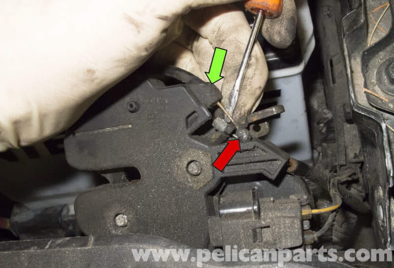 2007 Volvo Xc70 Wiring Diagram Volvo V70 Hood Release Cable And Latch Replacement 1998