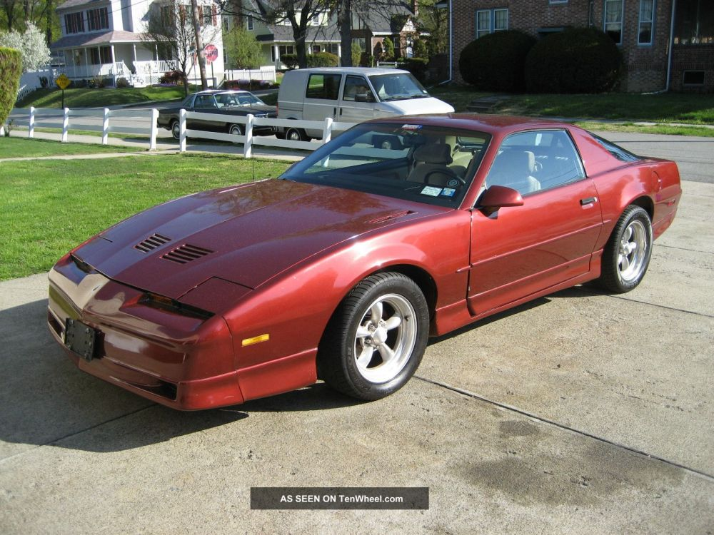 medium resolution of  pontiac firebird trans am gta coupe 1987