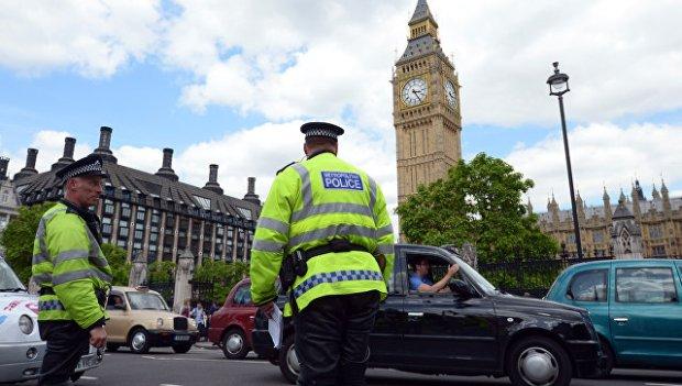 Сотрудники правоохранительных органов Великобритании в Лондоне. Архивное