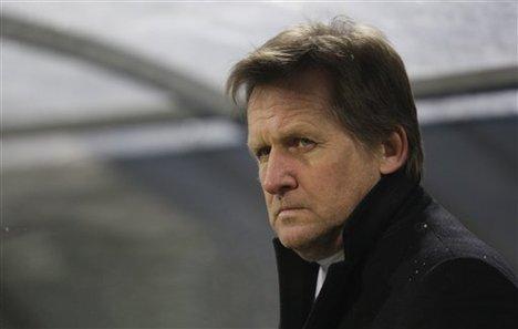 Besiktas head coach Bernd Schuster