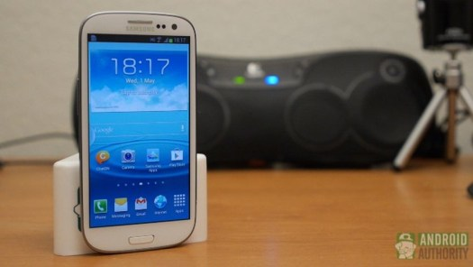 Android skins TouchWiz Galaxy S3