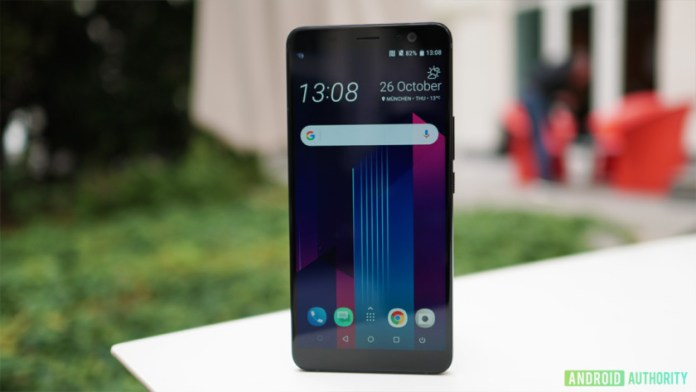 The front of HTC U11 Plus