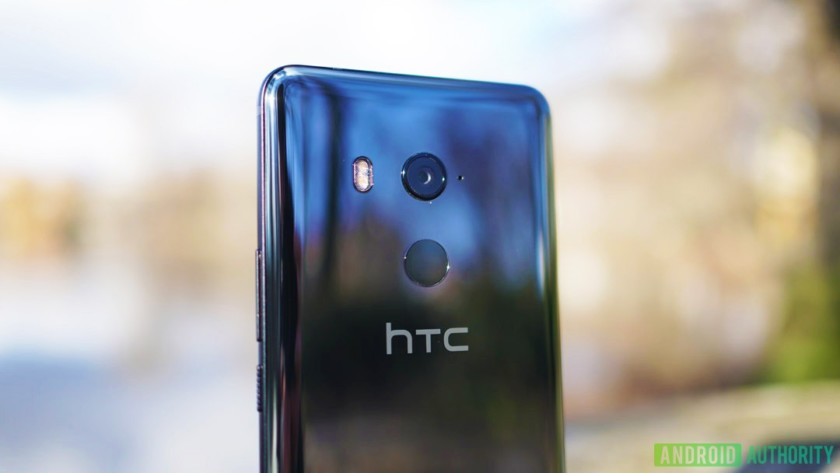 HTC-U11-Plus-camera-1-840x473 HTC lays off large portion of US branch, smartphone and VR divisions merge Apps