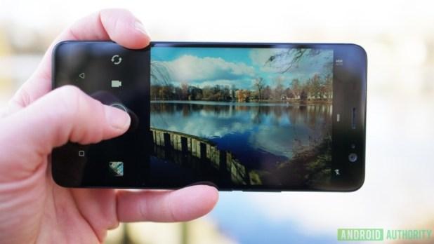 The HTC U11.