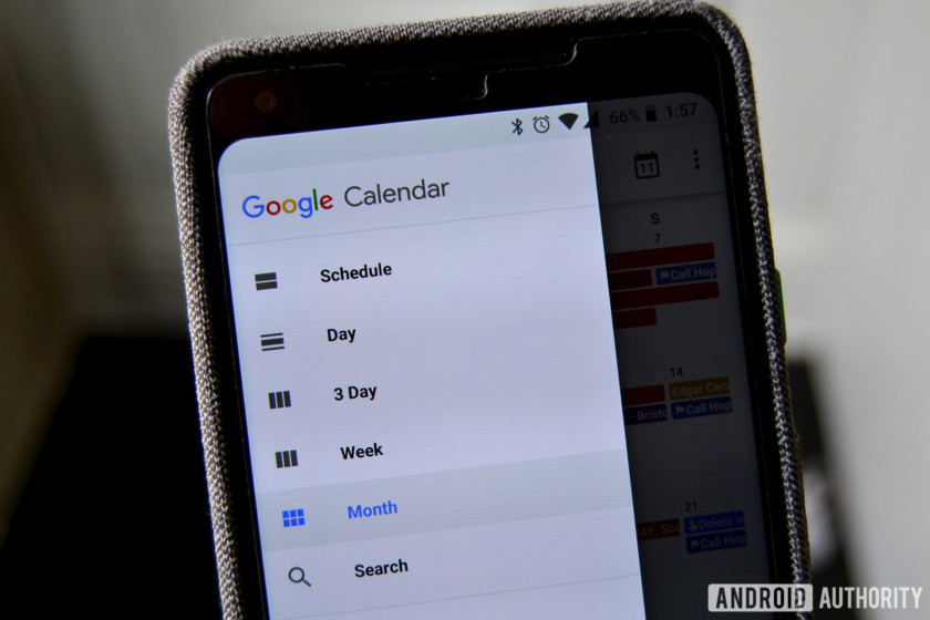 Gmail's quick-access panel is making its way to Docs and Calendar