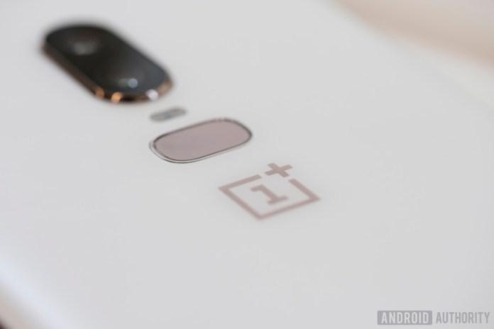 oneplus 6 silk white fingerprint sensor