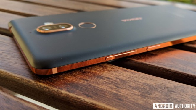 Nokia 7 plus buttons and back