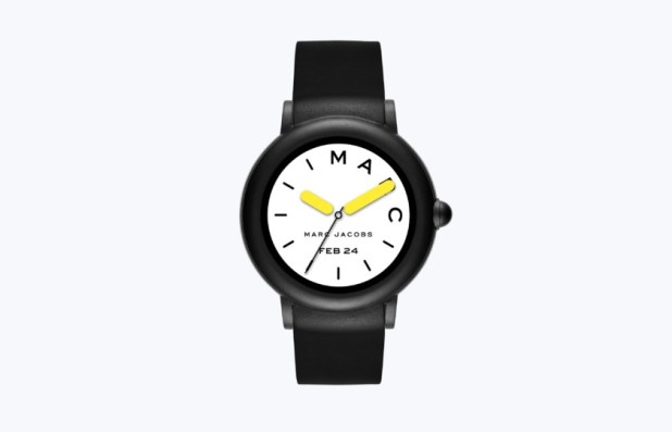 Marc Jacobs Riley smartwatch render from the front in black.