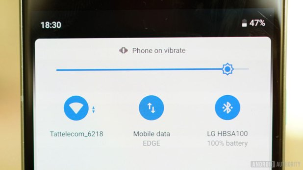 Android 9 Pie review Quick Settings Wi-Fi, Bluetooth, Cellular, Vibrate