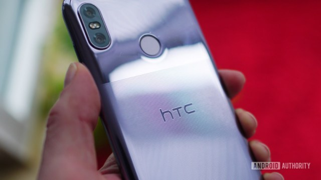 HTC U12 Life etched design