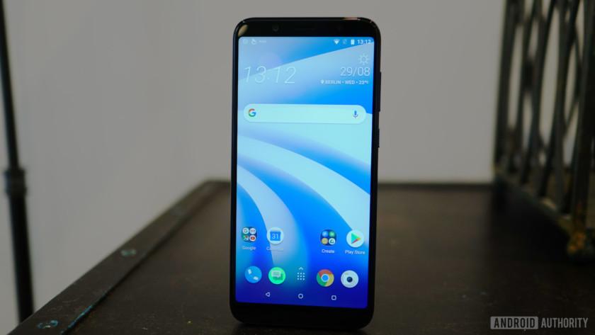 HTC U12 Life home screen light Sense Android 8.1 Oreo - Best HTC phones