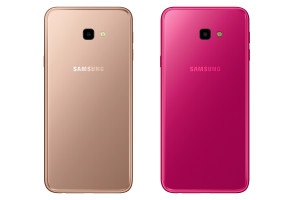 An image of both a gold and a pink Samsung Galaxy J4 Plus.