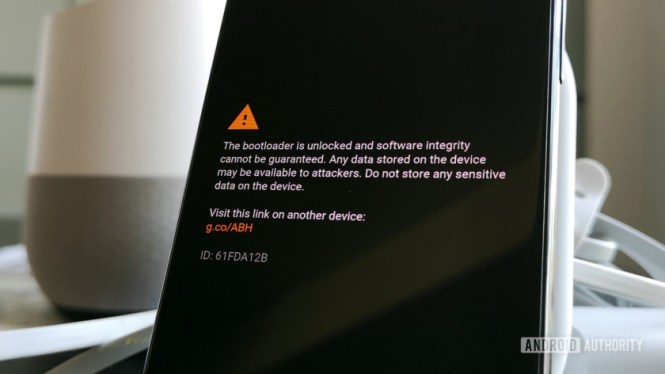 Warning message displayed once the Google Pixel 3 bootloader is unlocked