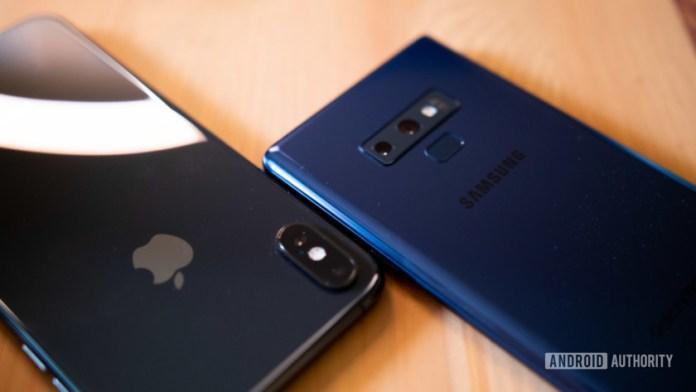 Non è affatto geloso ... La metà degli iPhone recenti ora esegue l'ultima versione di iOS