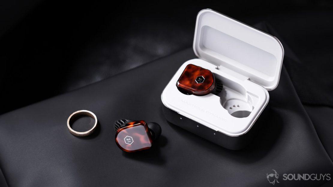 Master Dynamic MW07 Plus noise canceling true wireless charging case