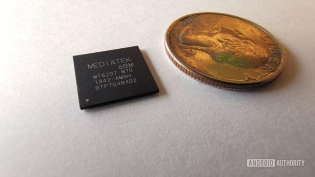 The MediaTek M70 5G modem.