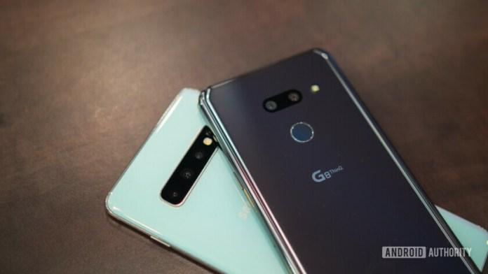 LG G8 ThinQ vs Samsung Galaxy S10 rear cameras