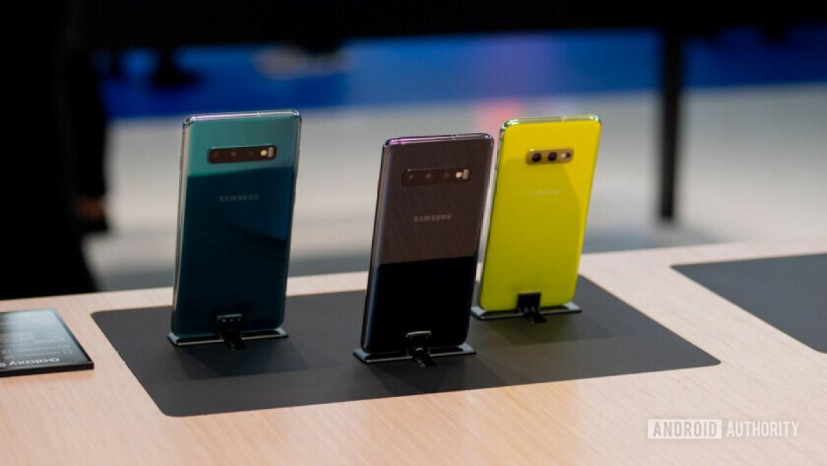Samsung Galaxy S10e Colors