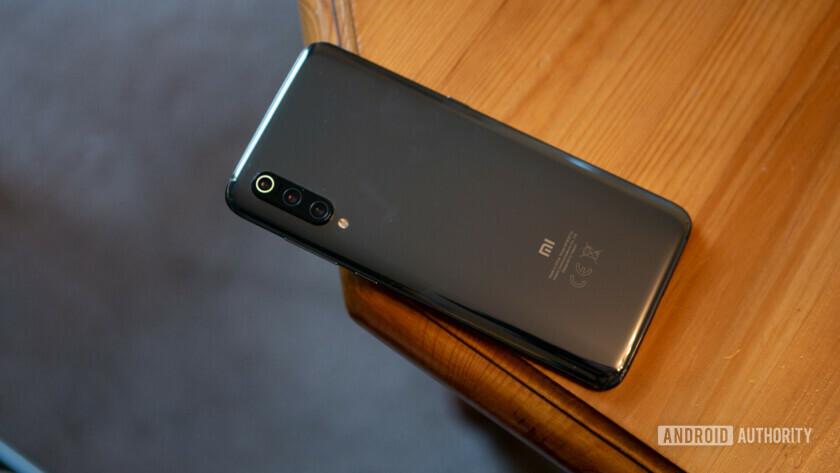 Xiaomi Mi 9 - Back of Device