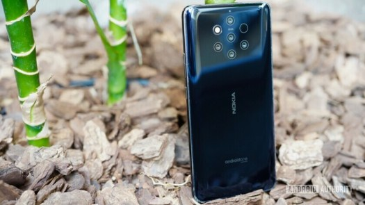 The back of the Nokia 9 PureView smartphone.