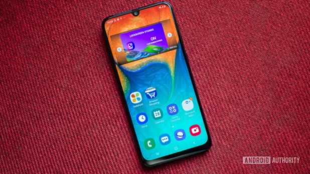 Samsung Galaxy A30 front display
