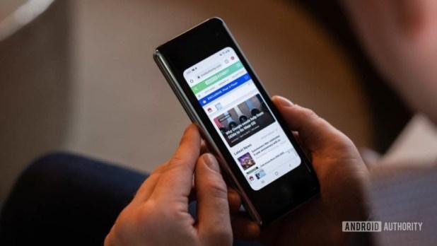 Samsung Galaxy Fold using small screen 1