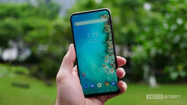 Asus Zenfone 6 stock Android+ home screen display