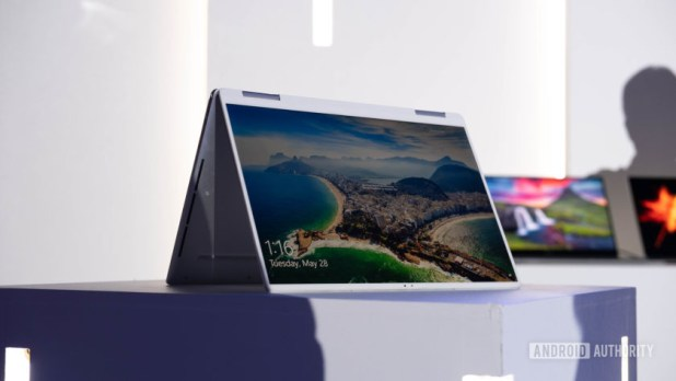 Dell XPS 13 2019 - tent mode