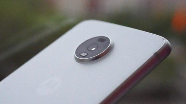 Motorola Moto Z4 camera module profile